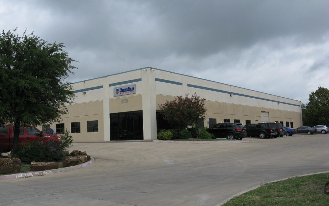 David R. Dunn CCIM, SIOR and Dan Morris sell 20,536 SF Building in Fort Worth, TX